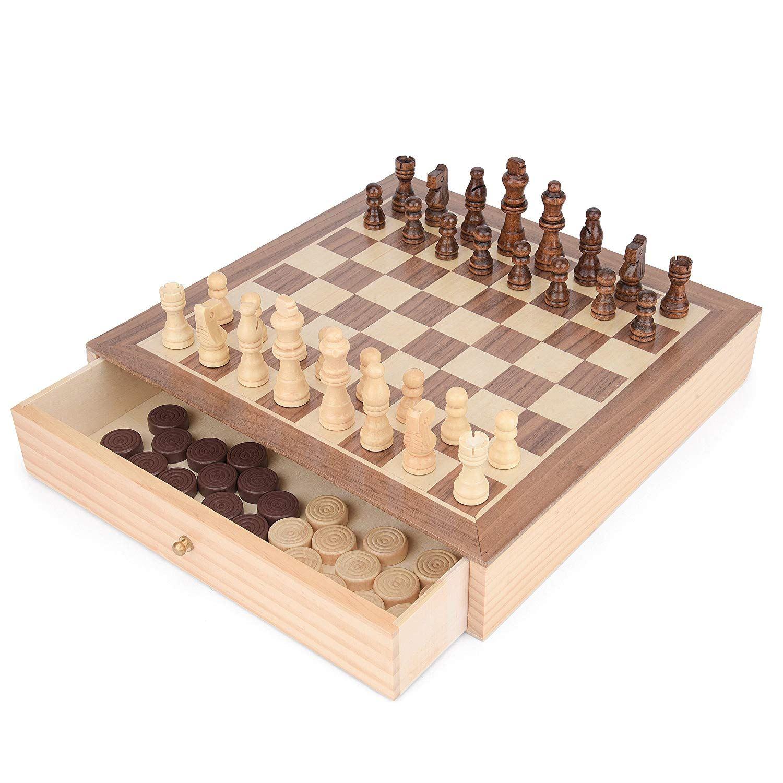 Hölzernes Schach